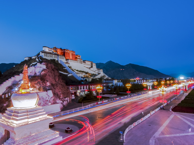 布達拉宮璀璨夜景-500445616-potala-palace-night-view